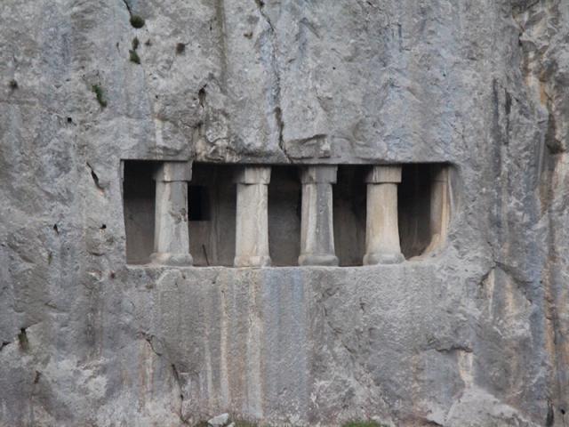 Asarkale Kaya Mezarı - Turizm Haritası