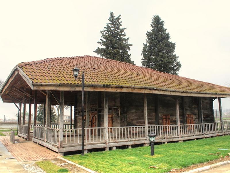 Tarihi Ahşap Camii